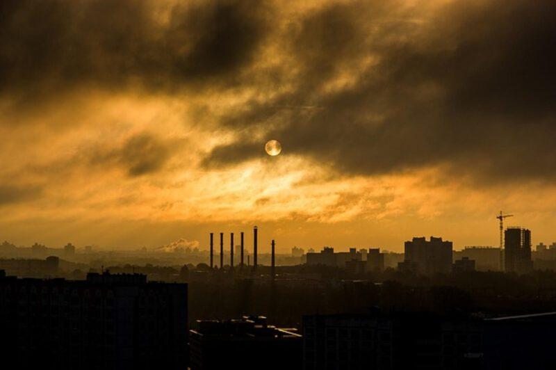 jak badać zanieczyszczenie powietrza