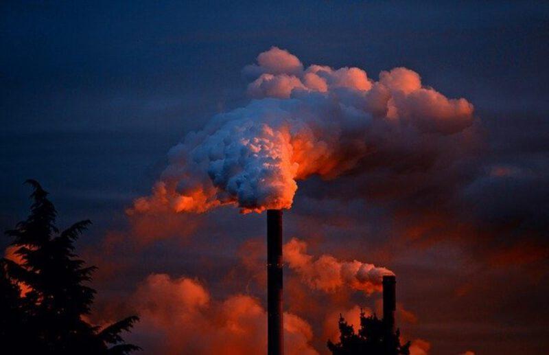 Niebezpieczne zanieczyszczenia powietrza – skąd się biorą i jak z nimi walczyć?